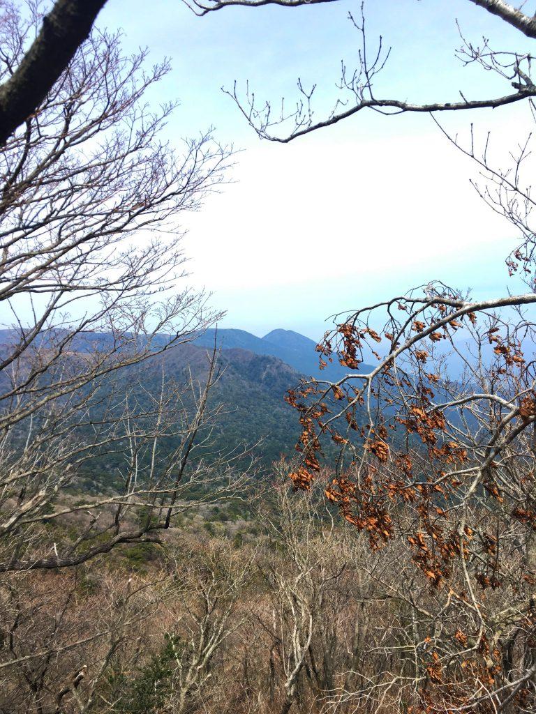Aussicht auf Takachiho no Mine beim Wandern von Ojibaru Koen aus.